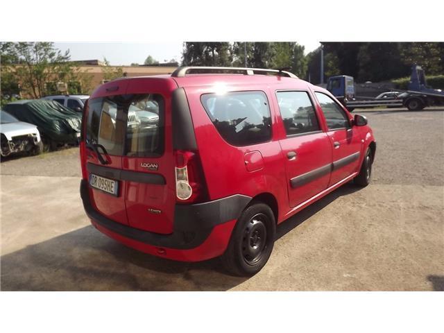 Sold dacia logan mcv 1 6 7 posti a used cars for sale for Dacia duster 7 posti