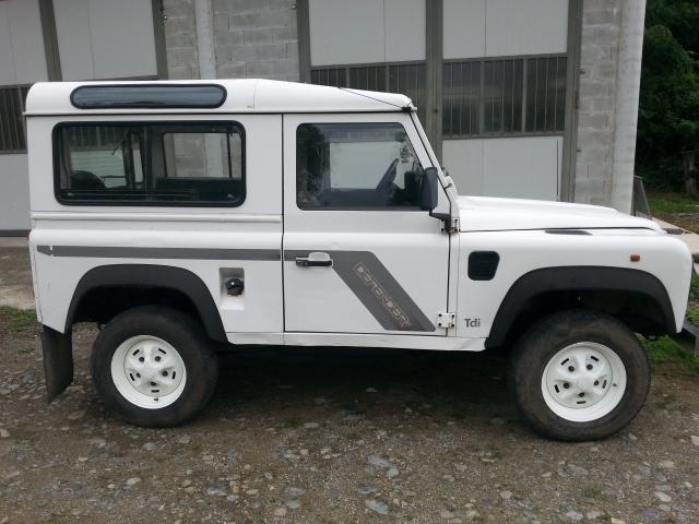 sold land rover defender 90 300 tdi used cars for sale. Black Bedroom Furniture Sets. Home Design Ideas
