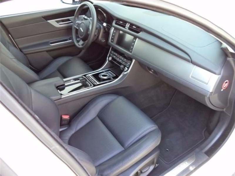 xf compra jaguar xf usate 796 auto in vendita autouncle. Black Bedroom Furniture Sets. Home Design Ideas