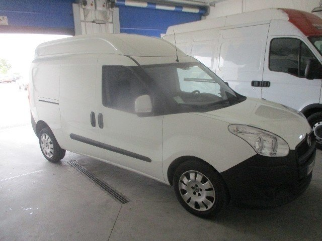 sold fiat dobl cargo maxi xl 1 6 used cars for sale autouncle. Black Bedroom Furniture Sets. Home Design Ideas
