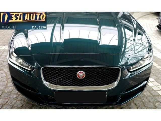 sold jaguar xe 2 0 d turbo 180cv a used cars for sale autouncle. Black Bedroom Furniture Sets. Home Design Ideas