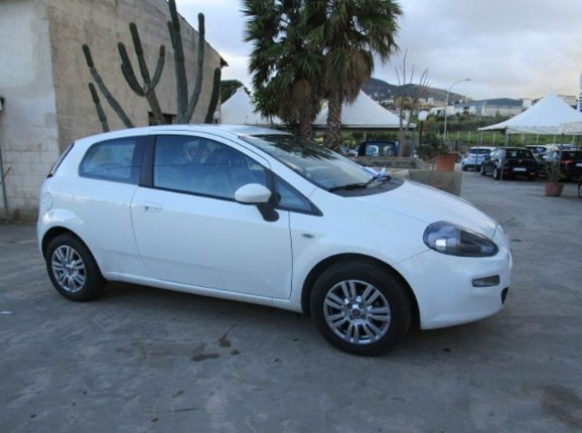 sold fiat grande punto 1 3 multi used cars for sale autouncle. Black Bedroom Furniture Sets. Home Design Ideas