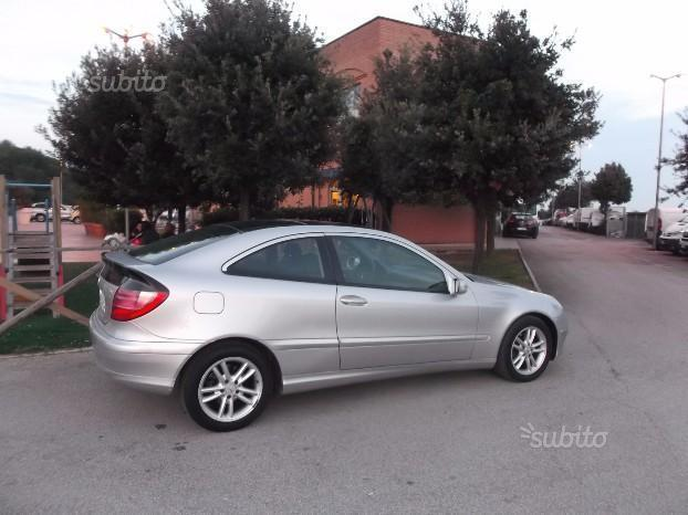 sold mercedes c220 cdi sport coupe used cars for sale autouncle. Black Bedroom Furniture Sets. Home Design Ideas