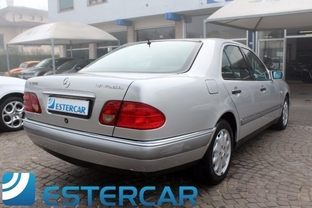 Sold mercedes e300 classeturbodies used cars for sale for Mercedes benz e300 turbo diesel for sale
