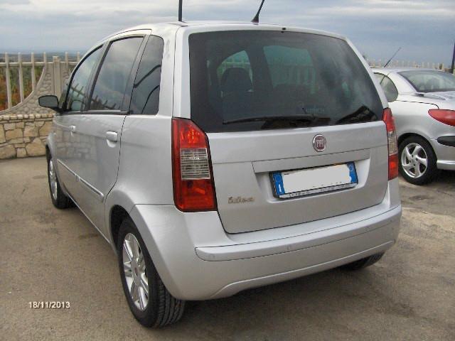 Venduto fiat idea 1 6 multijet 16v dp auto usate in vendita for Fiat idea 1 6 16v ficha tecnica