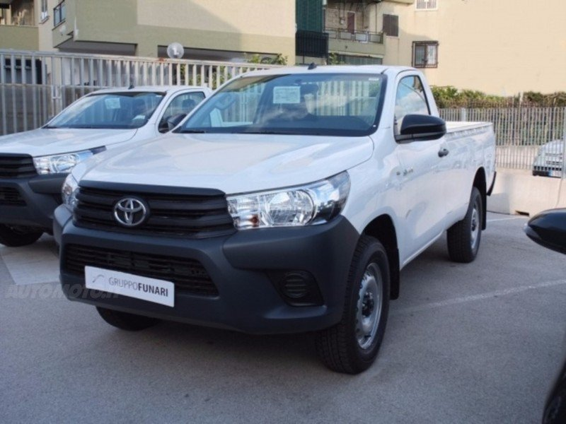 sold toyota hilux pick up 2 d 4d 2 used cars for sale autouncle. Black Bedroom Furniture Sets. Home Design Ideas