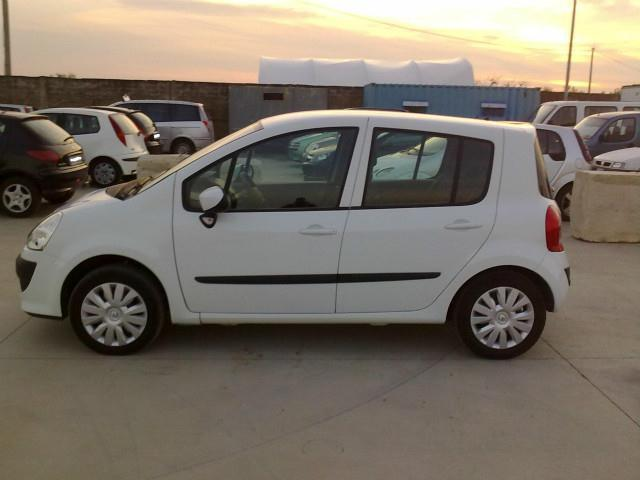 sold renault modus grand 1 5 dci 7 used cars for sale autouncle. Black Bedroom Furniture Sets. Home Design Ideas