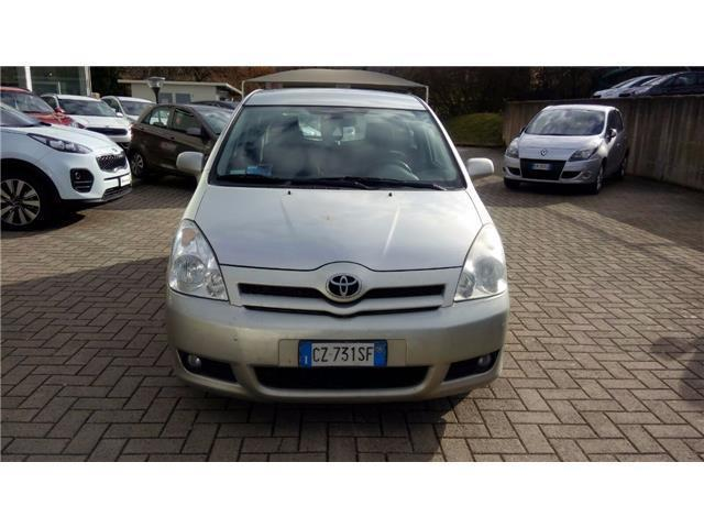 sold toyota corolla verso 2 2 16v used cars for sale autouncle. Black Bedroom Furniture Sets. Home Design Ideas