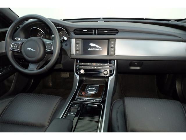 sold jaguar xf 2 serie x260 2 0 used cars for sale. Black Bedroom Furniture Sets. Home Design Ideas