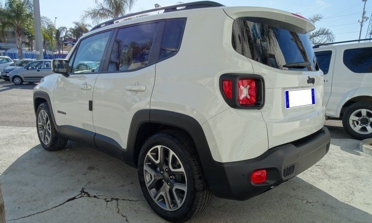 Sold Jeep Renegade 1.6 MJT 120CV . - used cars for sale