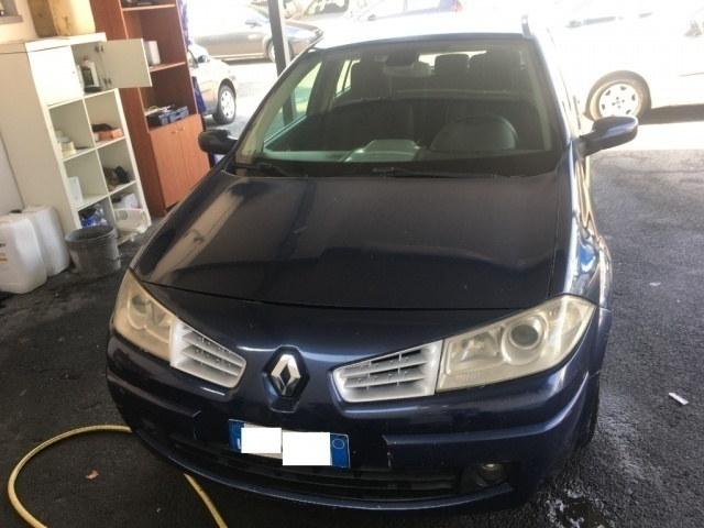 sold renault m gane megane1 5 dci used cars for sale. Black Bedroom Furniture Sets. Home Design Ideas