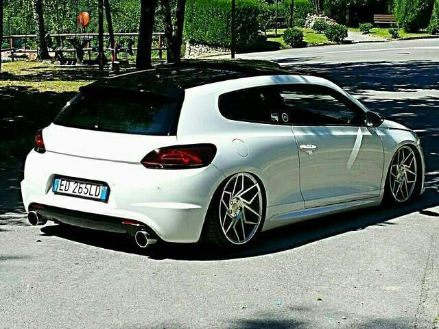 sold vw scirocco 2 0 tsi dsg r used cars for sale autouncle. Black Bedroom Furniture Sets. Home Design Ideas