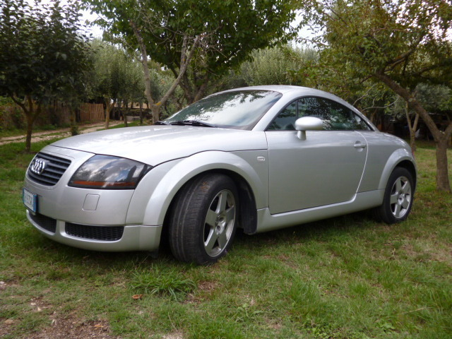 sold audi tt 1 8 turbo 180 cv con used cars for sale autouncle. Black Bedroom Furniture Sets. Home Design Ideas
