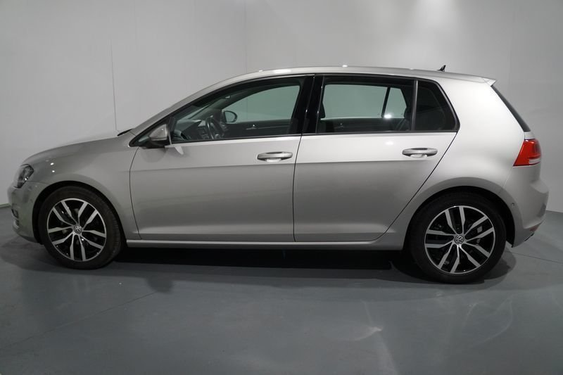 sold vw golf vii 2013 diesel 2 0 t used cars for sale. Black Bedroom Furniture Sets. Home Design Ideas