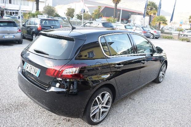 Venduto peugeot 308 2 serie auto usate in vendita for Auto usate trentino alto adige