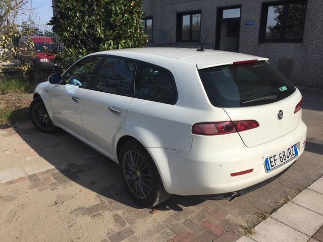 usato 2 4 jtdm 20v sportwagon distinctive q tronic c aut alfa romeo 159 2010 km in. Black Bedroom Furniture Sets. Home Design Ideas
