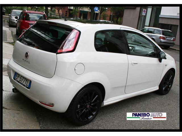 sold fiat punto 1 4 multiair turbo used cars for sale autouncle. Black Bedroom Furniture Sets. Home Design Ideas