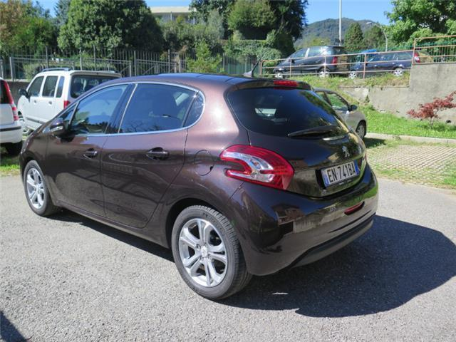 sold peugeot 208 1 4 8v hdi 5p al used cars for sale autouncle. Black Bedroom Furniture Sets. Home Design Ideas