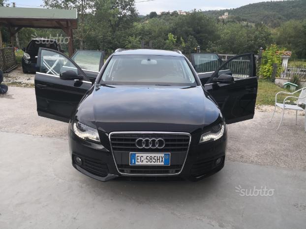 Venduto Audi A4 Avant Nera 120cv 20 Auto Usate In Vendita
