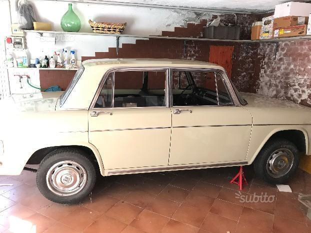 Lancia fulvia usata 215 lancia fulvia in vendita autouncle for Subito annunci campania vendita arredamento casalinghi napoli