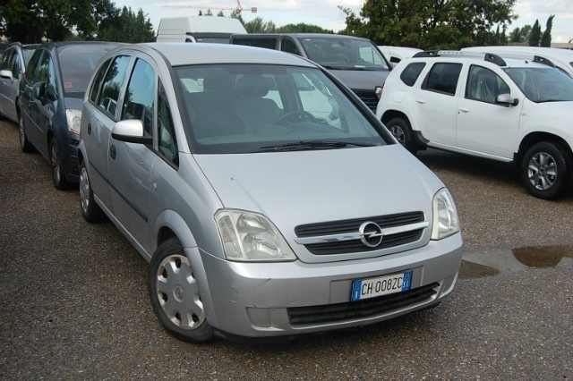 usato 1 7 cdti 101cv cosmo opel meriva 2003 km in empoli. Black Bedroom Furniture Sets. Home Design Ideas