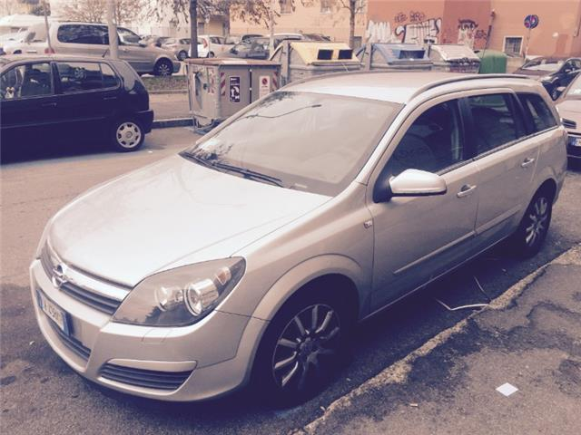 sold opel astra 1 9 cdti 120cv sta used cars for sale autouncle. Black Bedroom Furniture Sets. Home Design Ideas