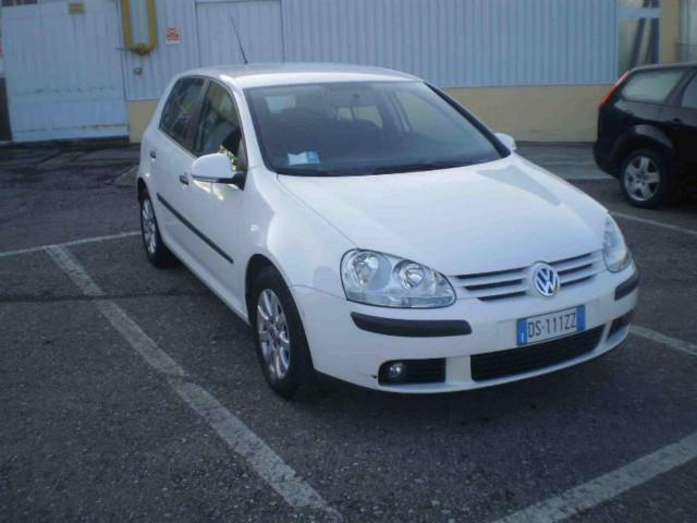 sold vw golf v 1 9 tdi 105 cv 5p used cars for sale autouncle. Black Bedroom Furniture Sets. Home Design Ideas