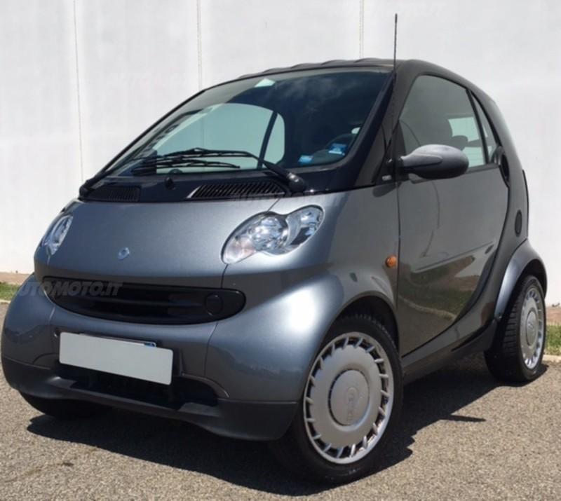 Smart Car Pure Coupe: Venduto Smart ForTwo Coupé 700 Pure (.