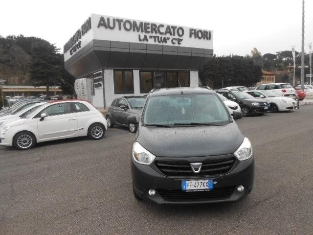 usato 1 5 dci ambiance family s s 90cv dacia lodgy 2016 km in roma rm roma rm. Black Bedroom Furniture Sets. Home Design Ideas