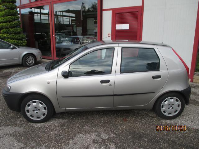 usata Fiat Punto 1.2i 5 porte SX