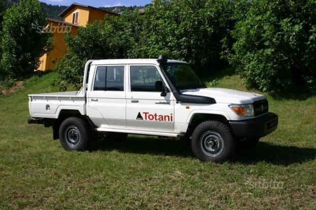 Sold Toyota Land Cruiser Hzj 79 Pi Used Cars For Sale