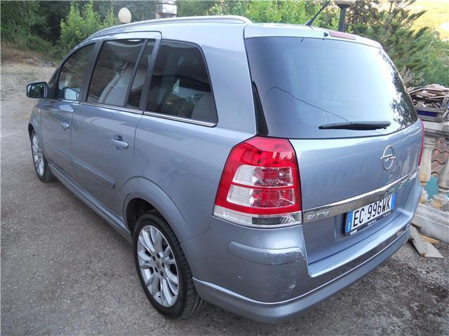 sold opel zafira turbo metano 1600 used cars for sale autouncle. Black Bedroom Furniture Sets. Home Design Ideas