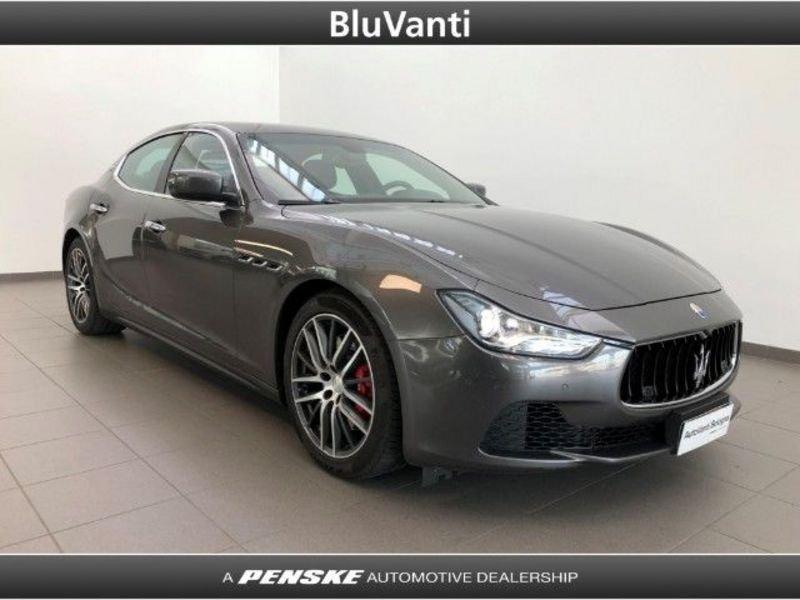 👍 Compra Maserati Ghibli 3.0 Diesel 250 CV (2015) • Risparmia 2.600 € in Emilia-Romagna • AutoUncle