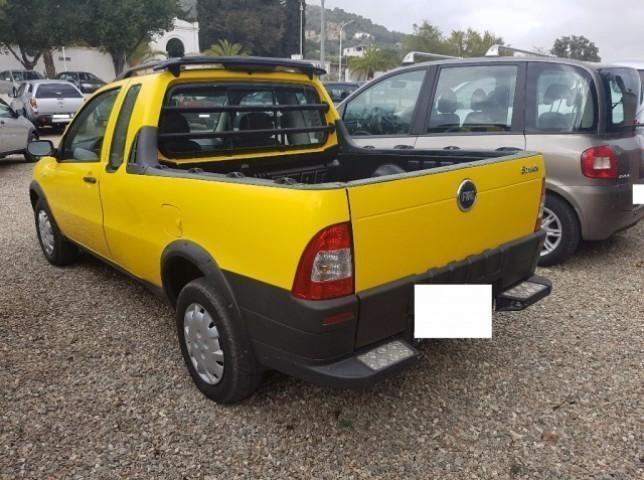 sold fiat strada 1 3 mjt pick up c used cars for sale autouncle. Black Bedroom Furniture Sets. Home Design Ideas
