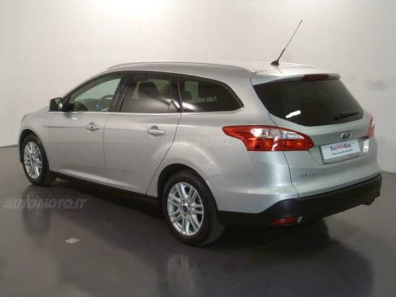 sold ford focus station wagon 2 0 used cars for sale. Black Bedroom Furniture Sets. Home Design Ideas