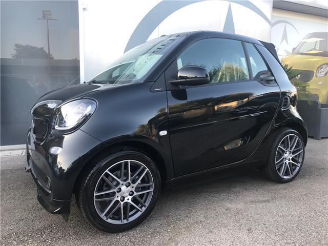 venduto smart fortwo cabrio brabus 0 auto usate in vendita. Black Bedroom Furniture Sets. Home Design Ideas