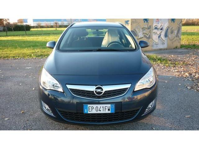 gebraucht Opel Astra 1.7 CDTI 110 CV ST Elective