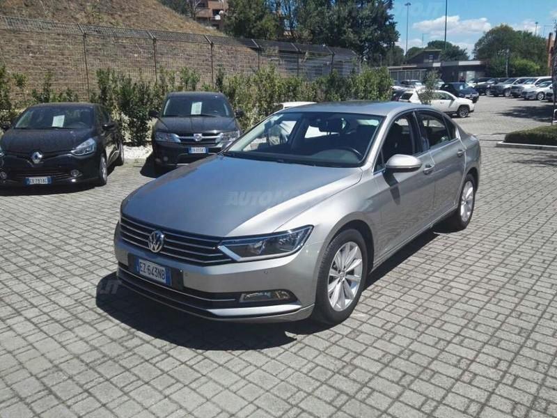 Sold vw passat alltrack variant 2 used cars for sale for Prezzo del pacchetto di 2 box auto