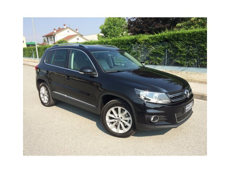 sold vw tiguan 2 0 tdi 140 cv 4m s used cars for sale autouncle. Black Bedroom Furniture Sets. Home Design Ideas