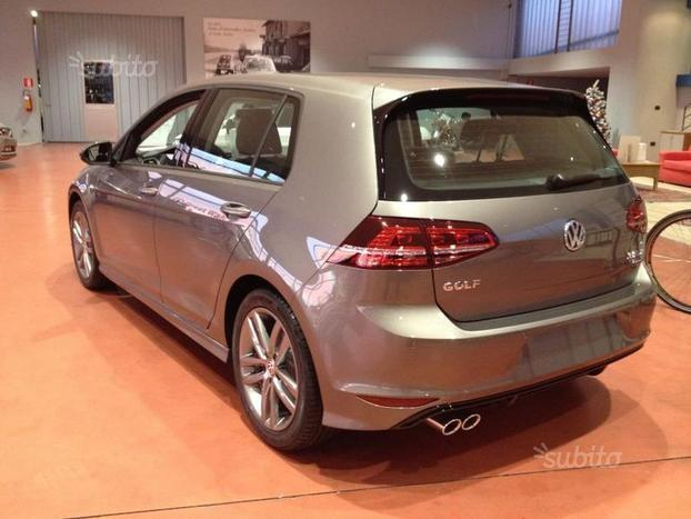 sold vw golf vii 2 0 tdi r line fu used cars for sale. Black Bedroom Furniture Sets. Home Design Ideas