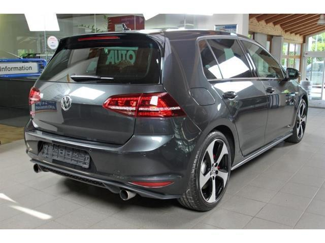 sold vw golf vii 2 0 r 4motion 300 used cars for sale autouncle. Black Bedroom Furniture Sets. Home Design Ideas