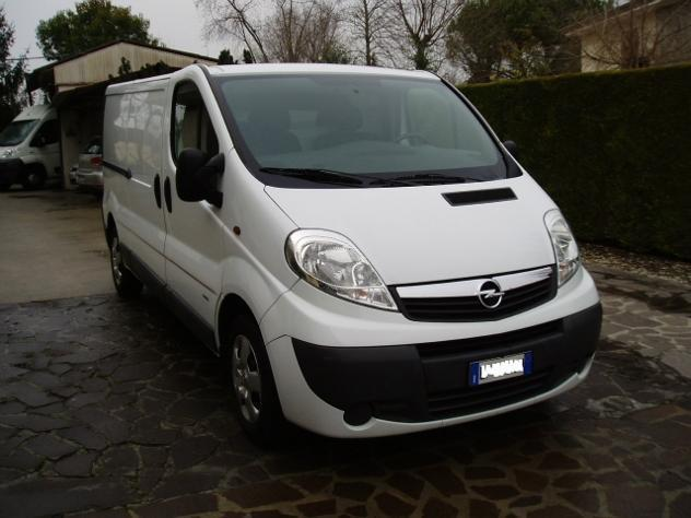 venduto opel vivaro 2 0 cdti 120cv pa auto usate in vendita. Black Bedroom Furniture Sets. Home Design Ideas