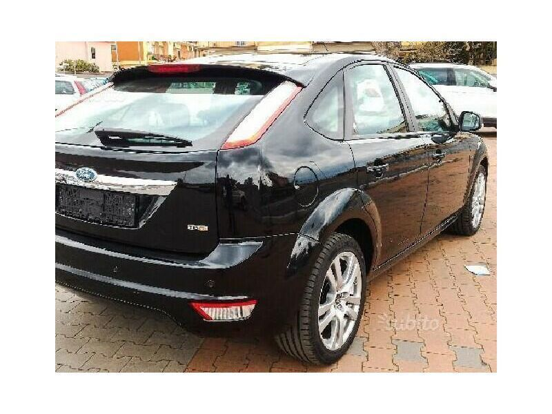 sold ford focus 1 6 tdci 110cv 5p used cars for sale autouncle. Black Bedroom Furniture Sets. Home Design Ideas