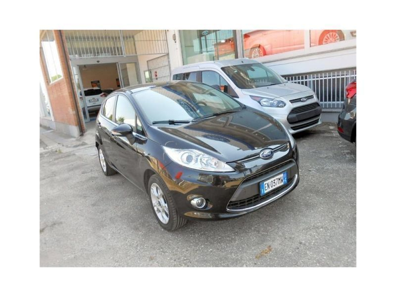 sold ford fiesta 1200 gpl plus 5 p   used cars for sale   autouncle