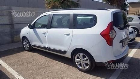 Venduto dacia lodgy 1 5 dci 7 posti l auto usate in vendita for Dacia duster 7 posti