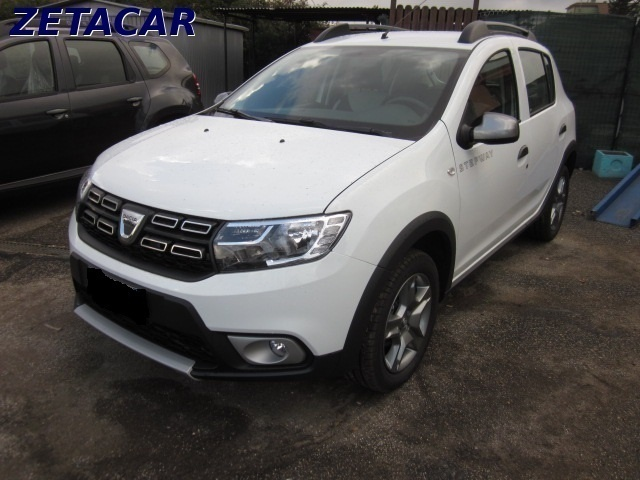 usato stepway gpl 900 tce prestige dacia sandero 2015 km 0 in roma rm. Black Bedroom Furniture Sets. Home Design Ideas