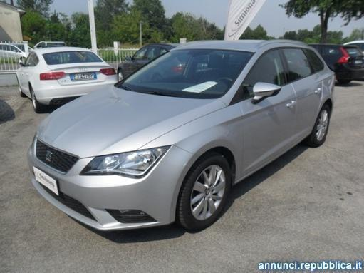 sold seat leon st 1 6 tdi 105 cv s used cars for sale autouncle. Black Bedroom Furniture Sets. Home Design Ideas