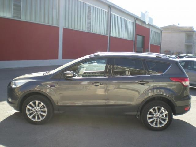 sold ford kuga 2 serie used cars for sale autouncle. Black Bedroom Furniture Sets. Home Design Ideas