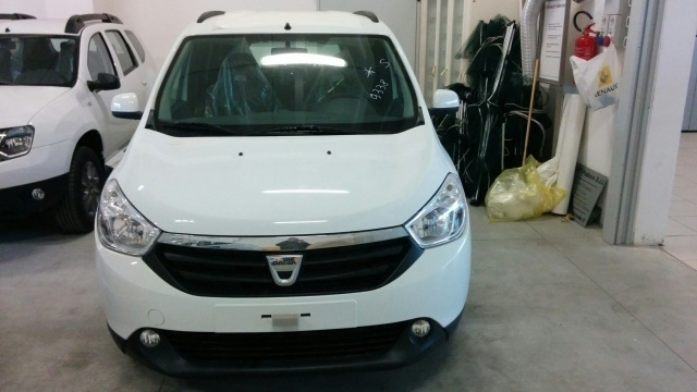 sold dacia lodgy 1 5 dci 8v 90cv l used cars for sale autouncle. Black Bedroom Furniture Sets. Home Design Ideas