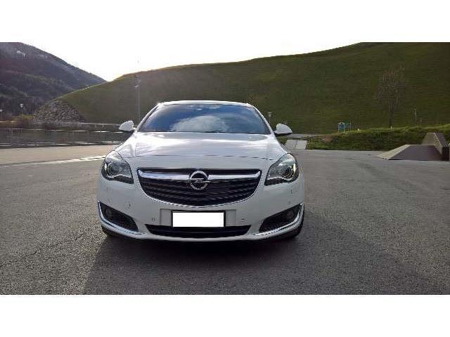 Schemi Elettrici Opel Insignia : Sold opel insignia biturbo cdt used cars for sale
